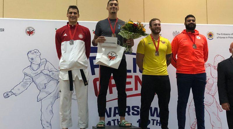 Cinco taekwondistas galegos acadan metal no Open de Polonia